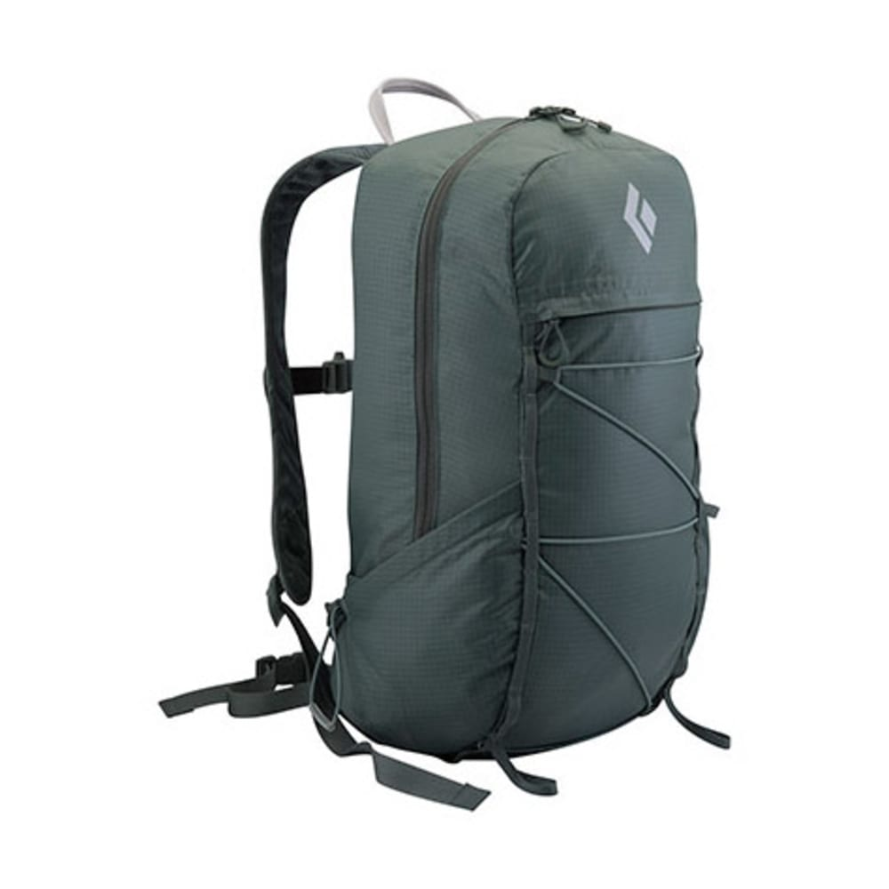 BLACK DIAMOND Magnum 16 Daypack - BLACK