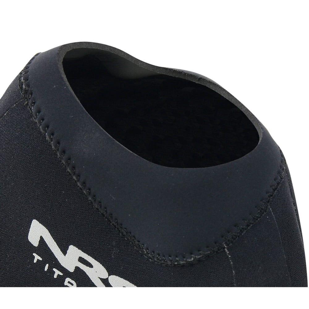 NRS Boundary Socks with HydroCuff - BLACK