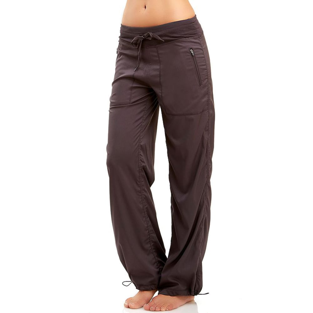 Stretch Pants Comfort rules the day for many women, especially on the weekends. Stepping out of business pants and into a pair of stretch pants often symbolizes the beginning of the weekend.