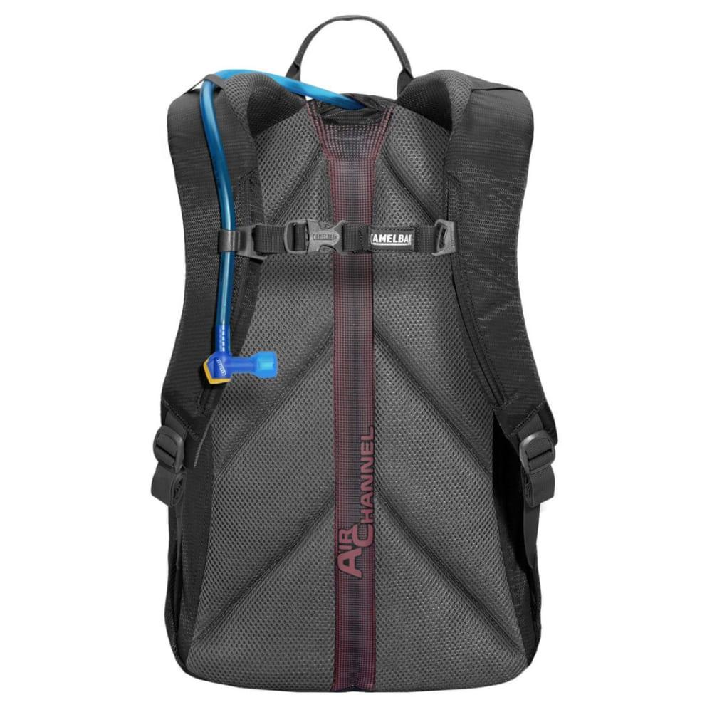 CAMELBAK Cloud Walker™ 18 Hydration Pack - CHARCOAL/GRAPHITE