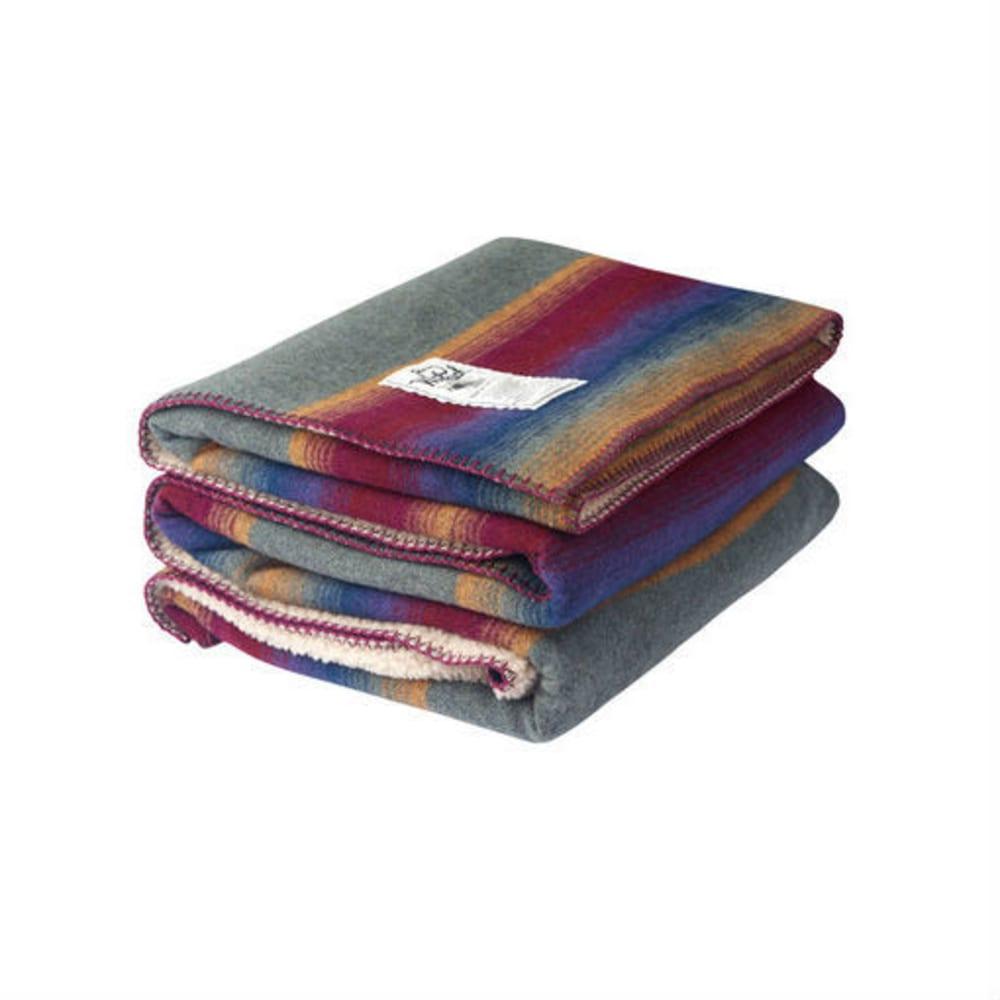 WOOLRICH Sherpa Overlook Pass Wool Blanket - MALLARD