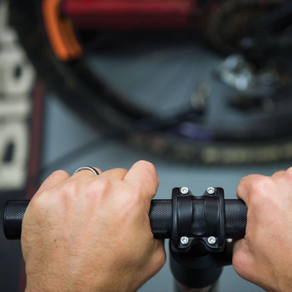 BLACKBURN Chamber HV Bicycle Pump - CAMO