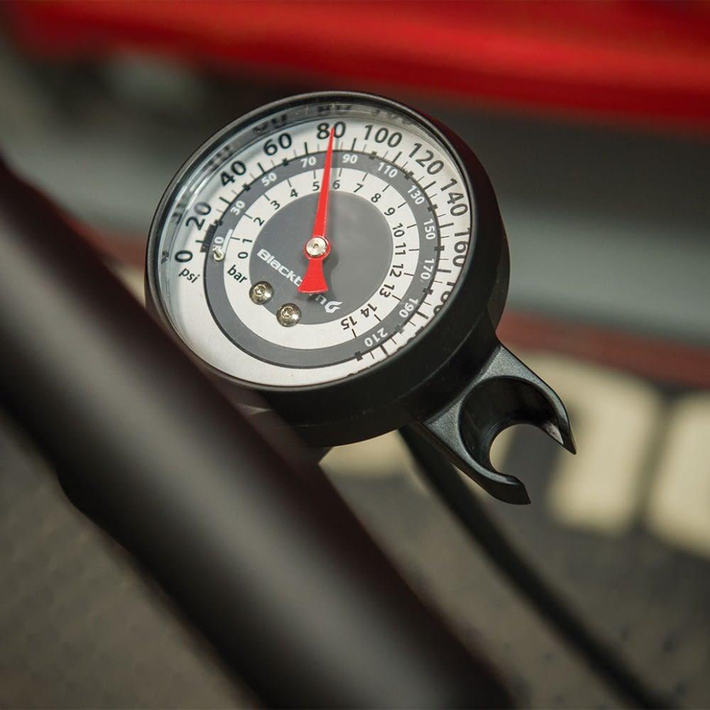 BLACKBURN Piston 4 Bicycle Pump - METALLIC SILVER