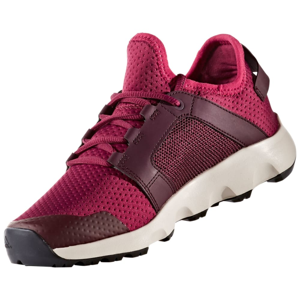 3c8043428d995 ADIDAS Women's Terrex Voyager DLX Outdoor Shoes, Mystery Ruby/Burgundy