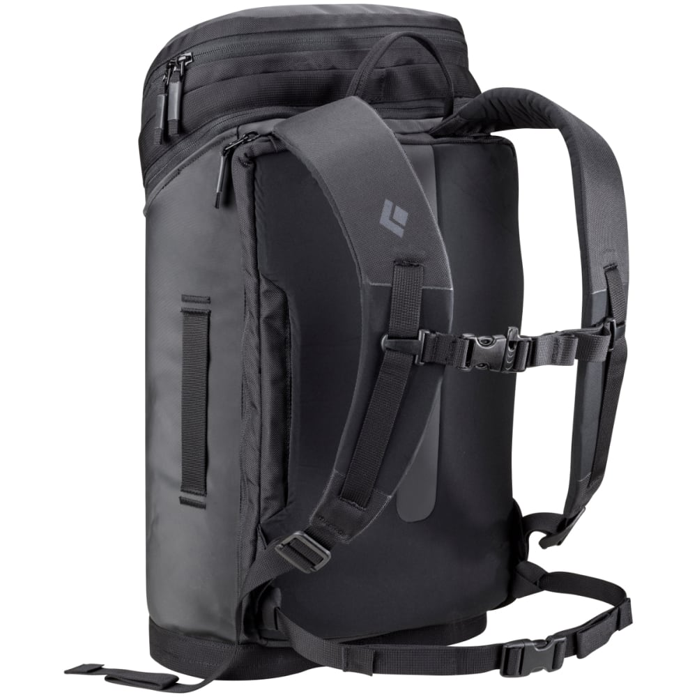 BLACK DIAMOND Creek Transit 22 Pack, Black - BLACK