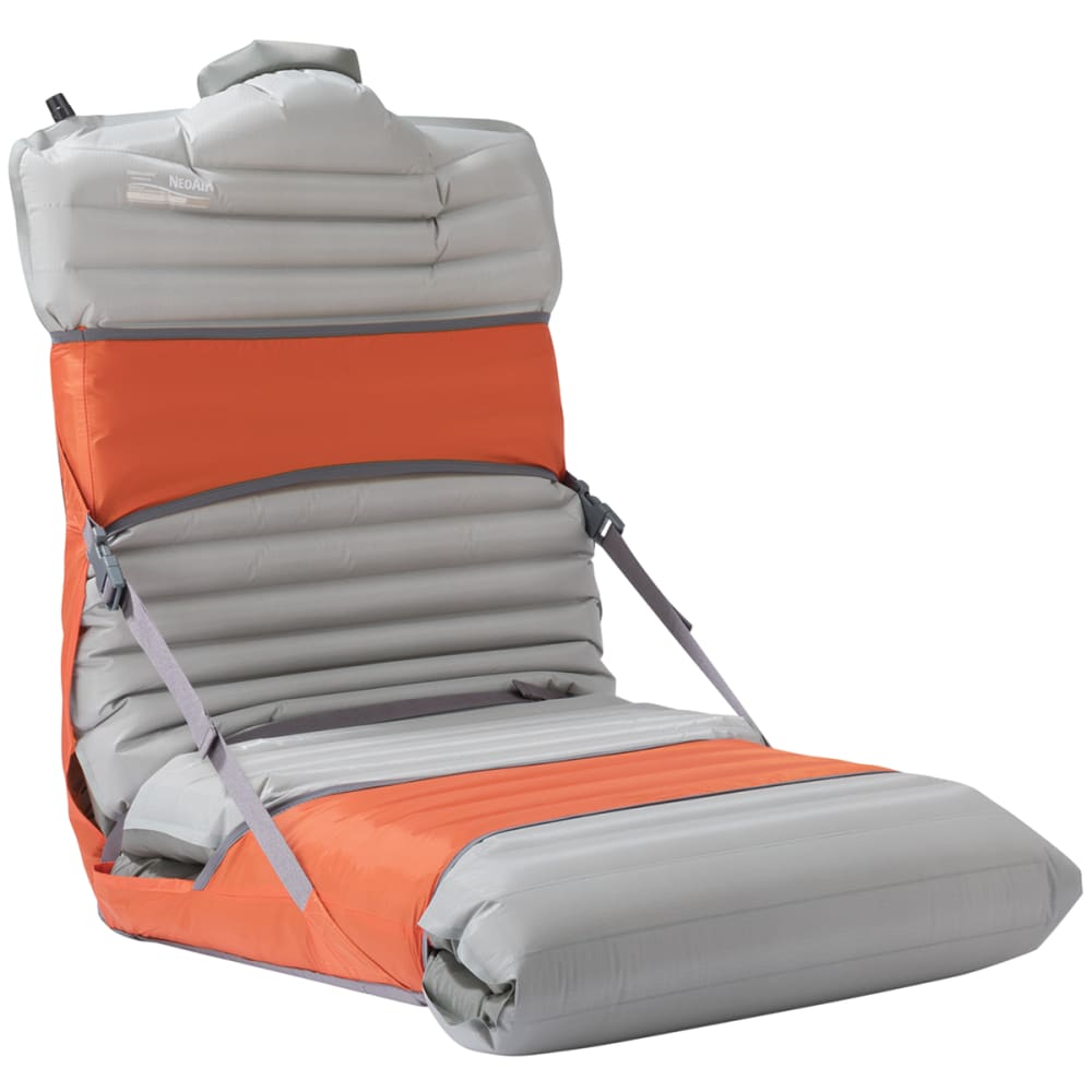 THERM-A-REST 20 in. Trekker Chair - TOMATO