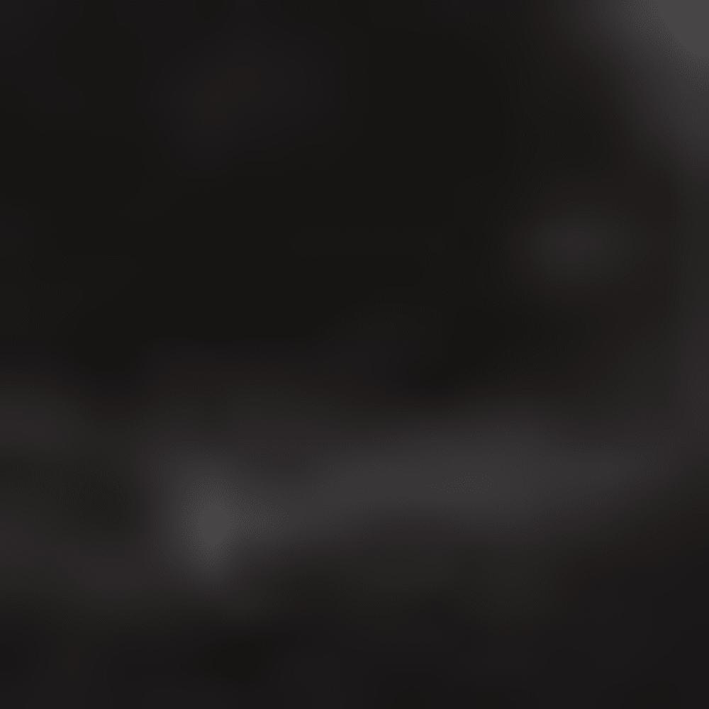 014-BLACK STARS & ST