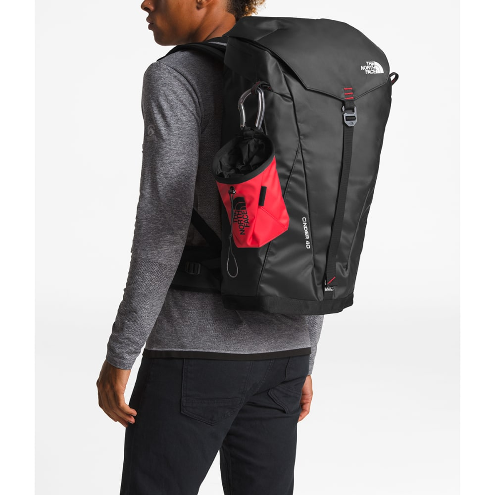 THE NORTH FACE Cinder Pack 40 Climbing Pack - TNF BLACK/FIERY RED