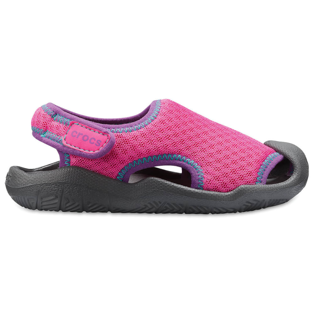 CROCS Girls' Swiftwater Sandals - MAGENTA-6OL