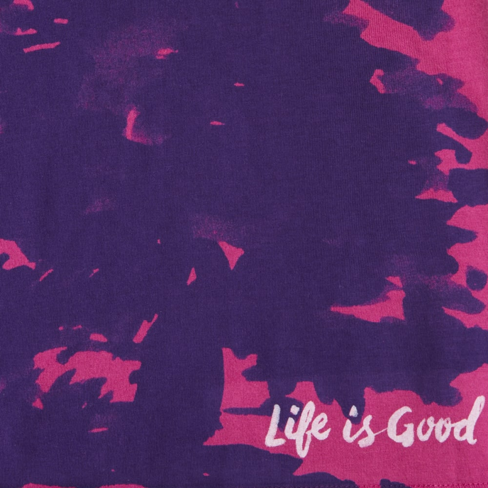 LIFE IS GOOD Women's Evergreen Smooth Tee - SASSY MAGENTA