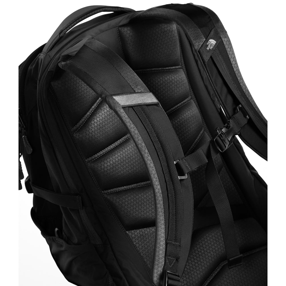 3f34e5045 THE NORTH FACE Router Backpack