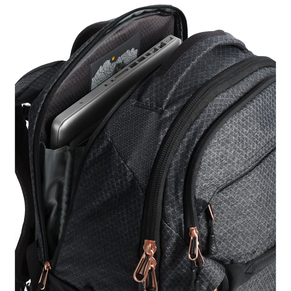 THE NORTH FACE Women's Surge Backpack - TNF BLK HTR/CPR-WBW