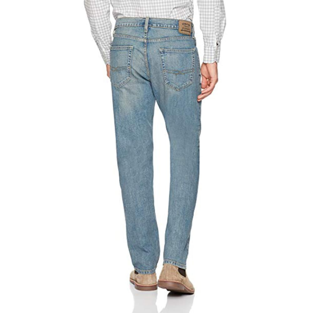 LEVI'S Men's Signature by Levi Strauss & Co. Gold Label Athletic Jeans - NAPA 0035