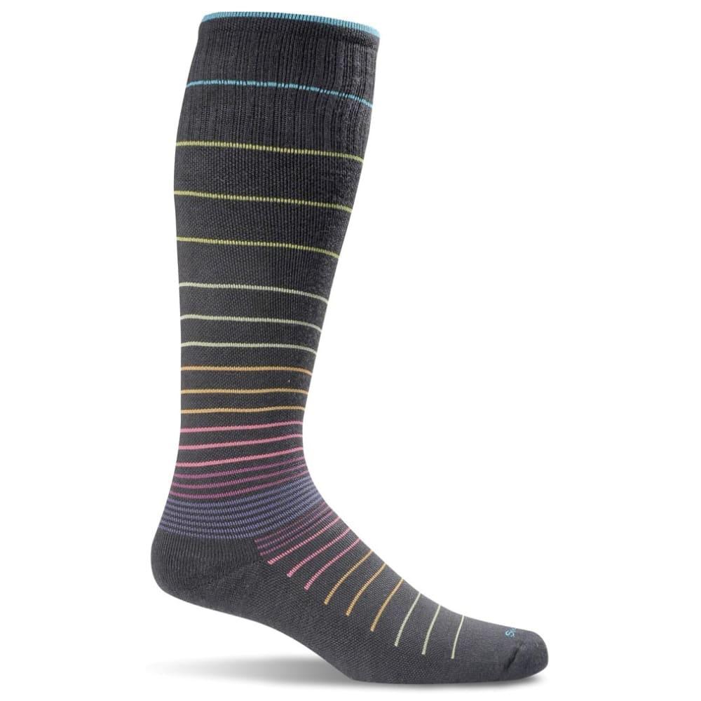 SOCKWELL Women's Sportster Moderate Compression Socks - BLACK 901