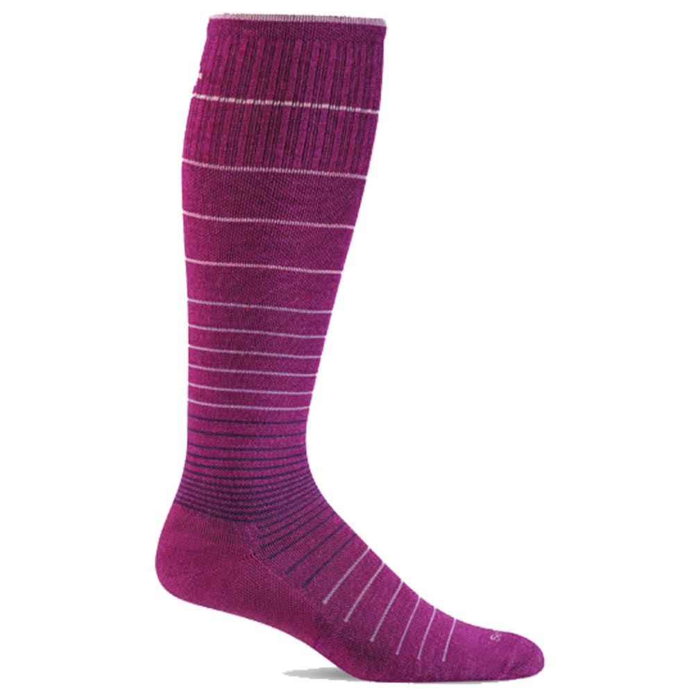 SOCKWELL Women's Sportster Moderate Compression Socks - VIOLET 330