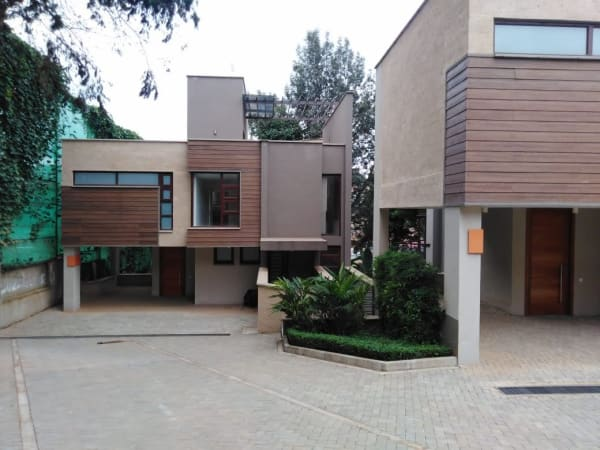 Executive 4 Bedroom Townhouse