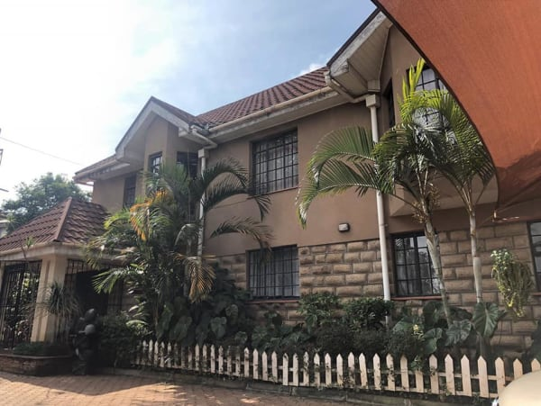 4 Bedroom Townhouse for SALE!