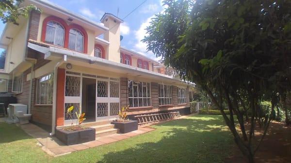 4 Bedroom Townhouse in Riverside