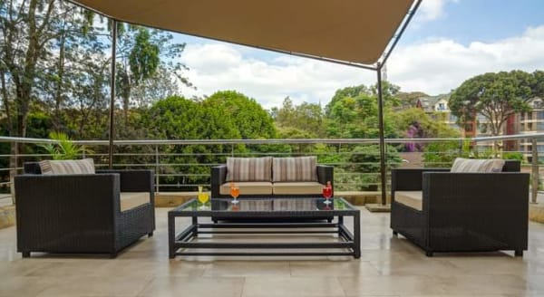 Unfurnished 2 Bedroom Apartment in Riverside Drive