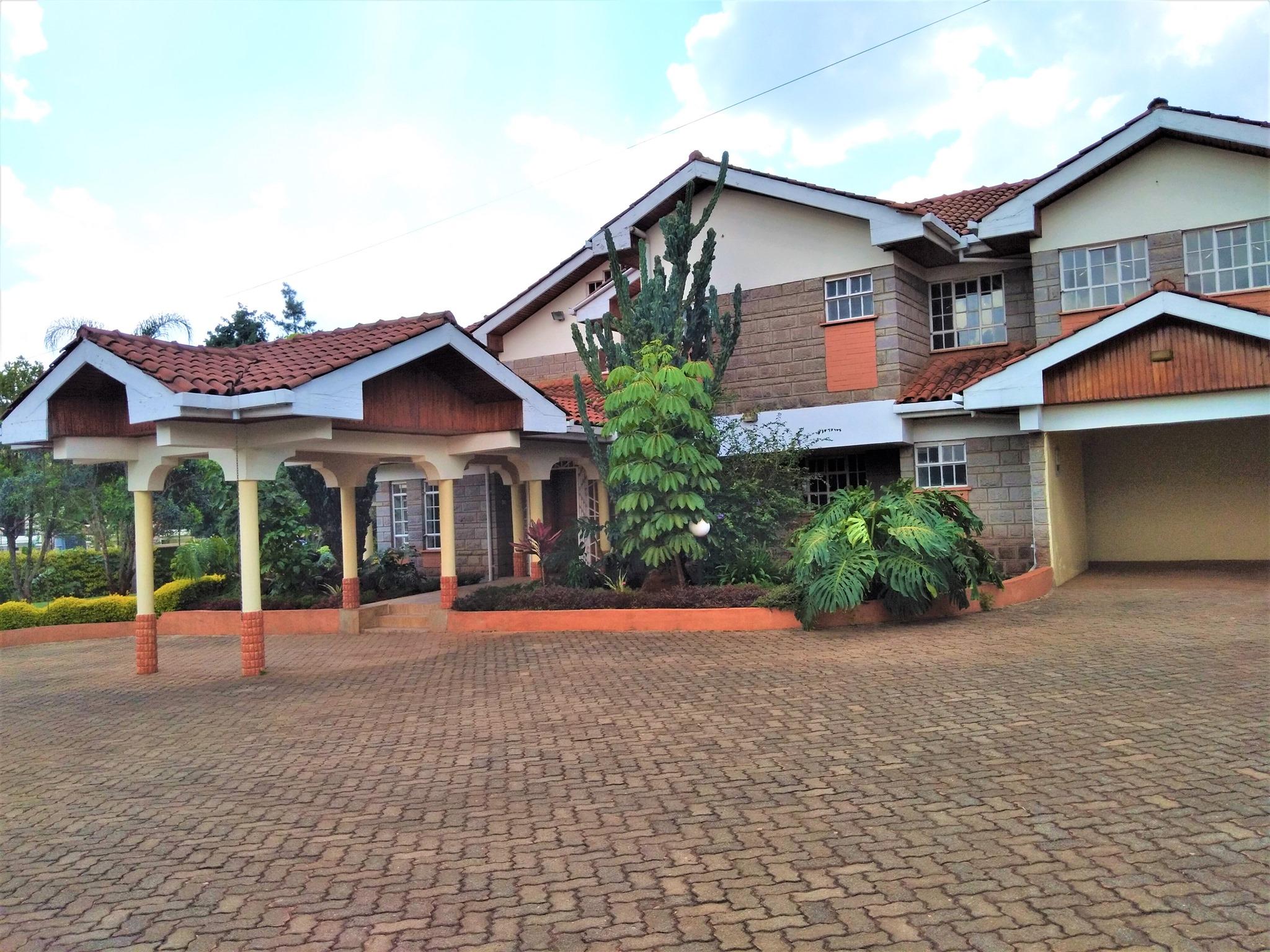 Large Standalone House in Runda