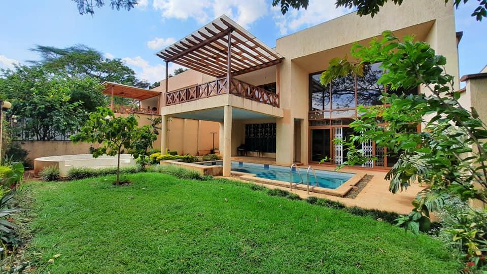 5 Bedroom Villa in Lavington