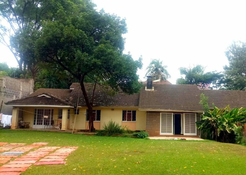 Unfurnished Old school 4 Bedroom House with modern finishing in Lavington