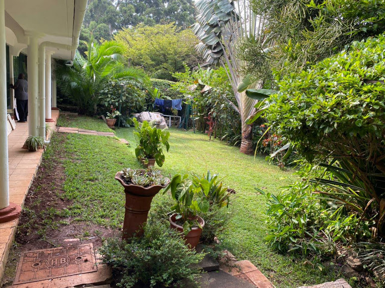 2 Bedroom Guestwing in Hillview