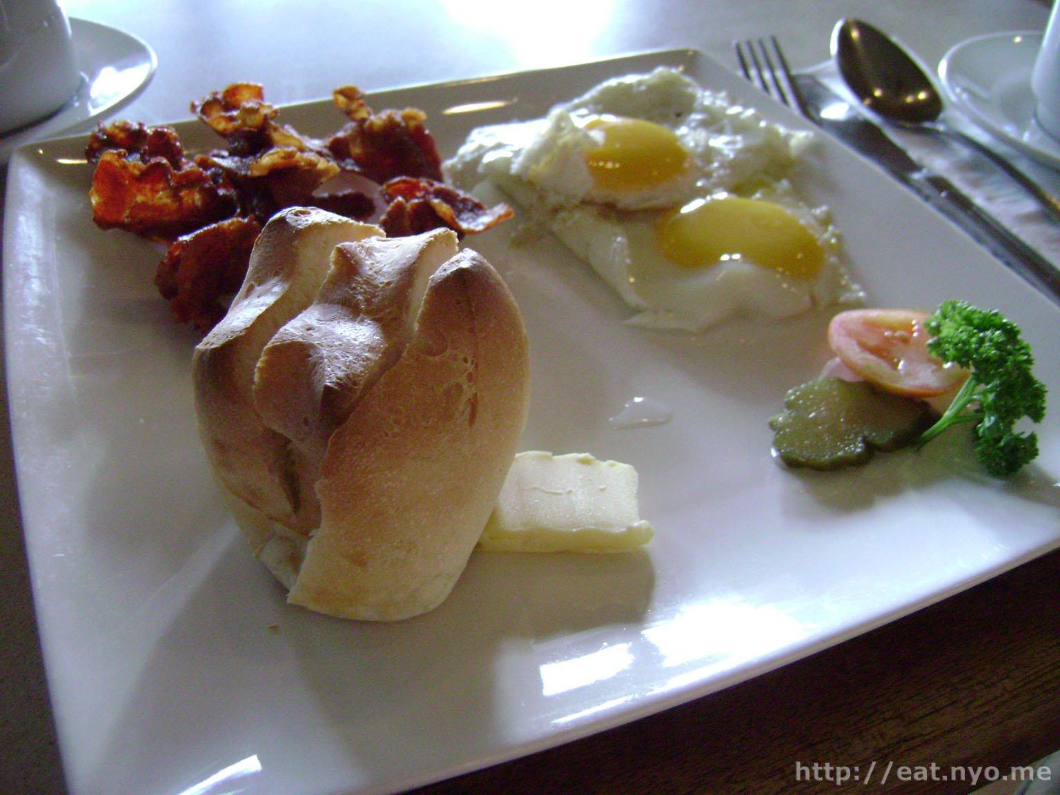 Dulcinea - Breakfast