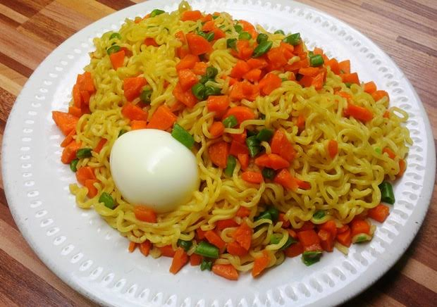 Indomie and beef and boiled egg