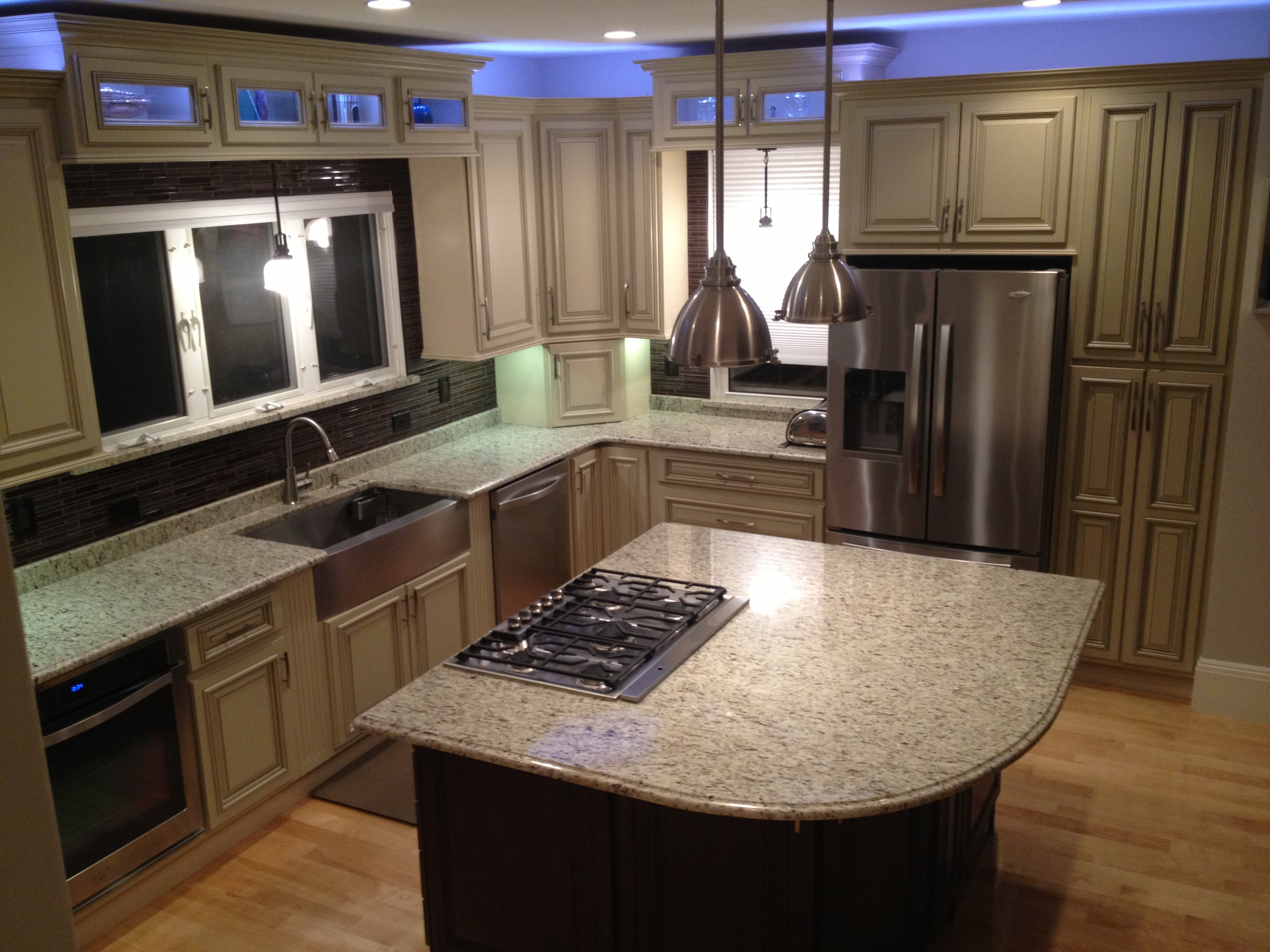 Advantages Of Light Finished Kitchen Cabinets