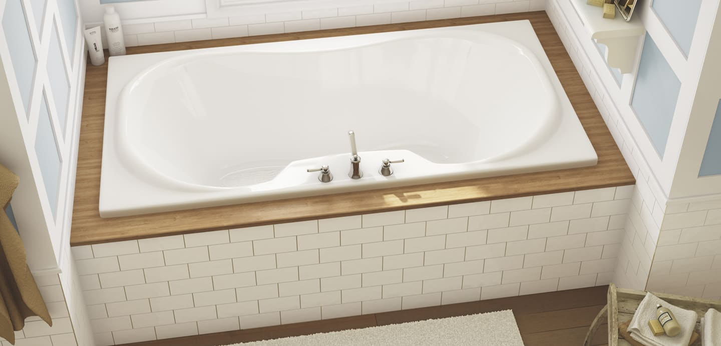 MAAX Cambridge Bathtub