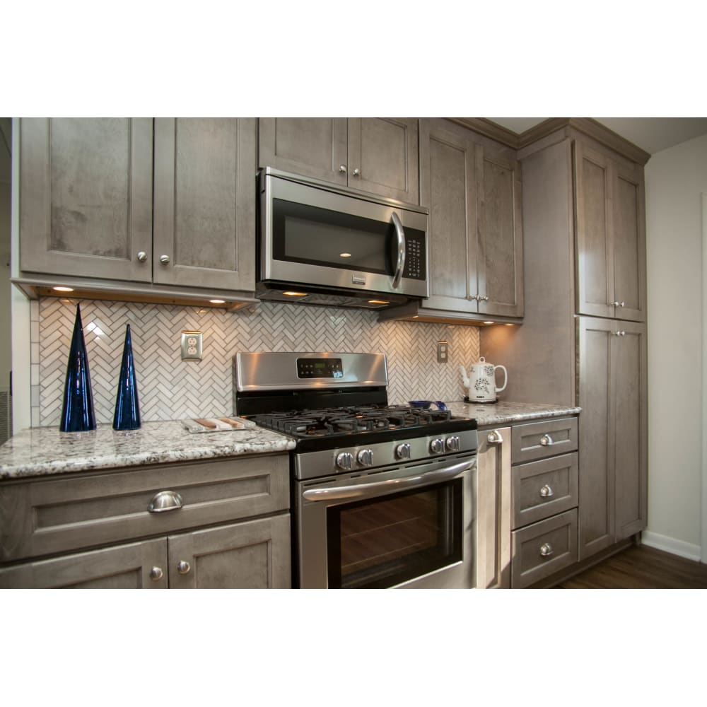 Heritage Norris Gray Shaker Kitchen Cabinets