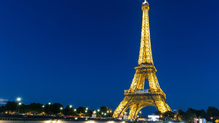 Thumbnail do post Como estudar moda na França: conheça o curso Bastidores de Moda em Paris
