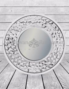 "Round Venetian Wall Mirror with Large ""Diamond"" Detail"