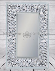 "Rectangular Venetian Wall Mirror with Large ""Diamond"" Detail"
