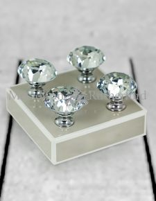 Diamond set of 4 Drawer Handles/Knobs with Gift Box