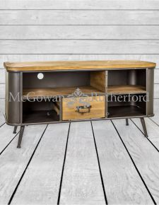 Shoreditch Metal and Wood Media Unit