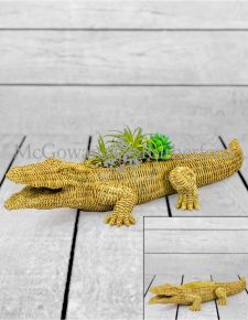 Natural Wicker Effect Crocodile Plant Holder