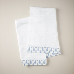 Cellular Edged Cot Blanket - Rabbit Trellis Blue