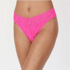SIGNATURE LACE THONG - Passionate Pink