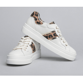 LEATHER TRAINERS - White/Animal Print