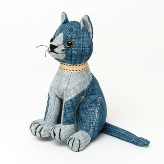 Blue Tabby Cat Junior Paperweight by Dora Designs