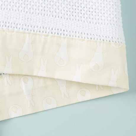 Cellular Edged Cot Blanket - Rabbit Trellis Cream