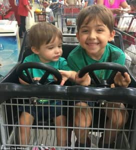 407ABCCF00000578-4517838-Brooke_and_Adam_s_son_Dante_two_left_and_seven_year_old_Oliver_h-m-4_1495113295405
