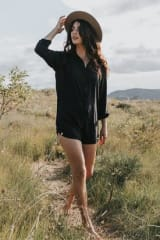 Tasi Travels Wanderer Romper | Black