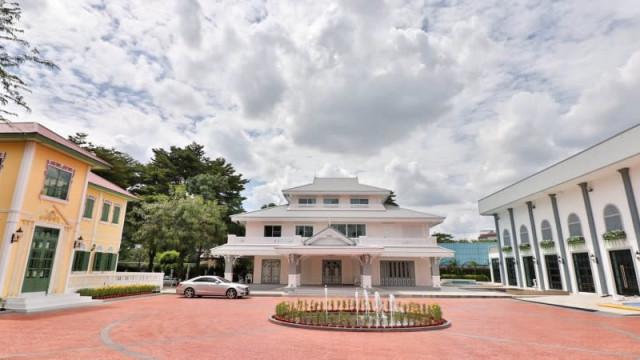 Vibhavadi Palace (วิภาวดีพาเลซ)