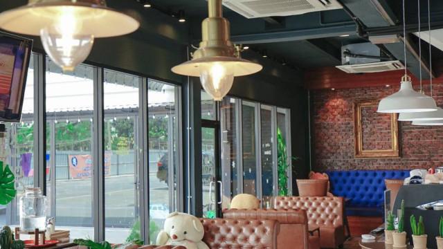 Century cafe