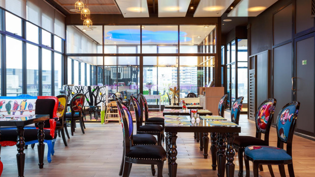 The Clover Sky restaurant & bar