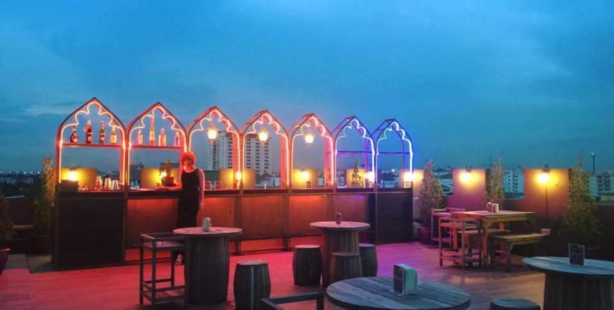 Aladdin Roof Bar