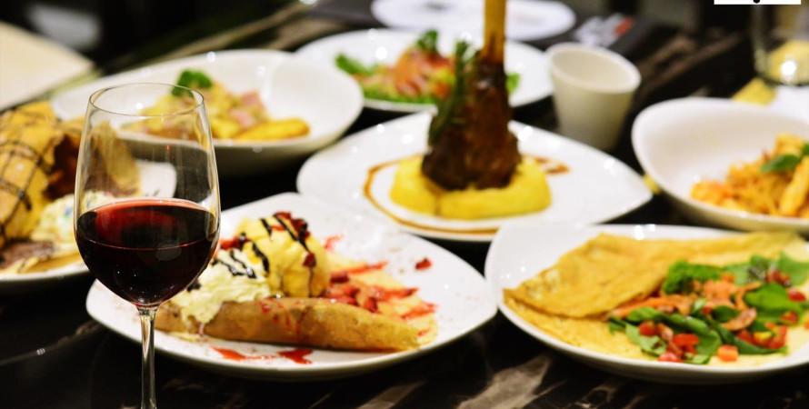 Gourmet Cafe